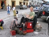 Ecuador_Cuenca_shoe_polishing.jpg